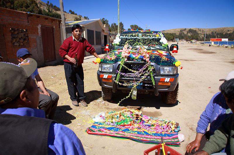 car baptizing, Titikaka Lake